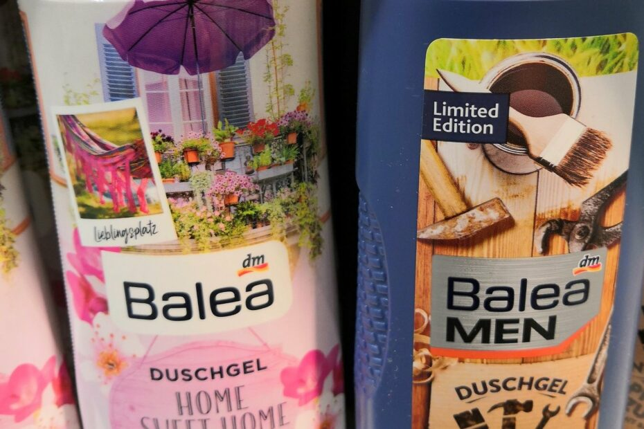 2 Duschgelflaschen in rosa und in Hornbach-Orange